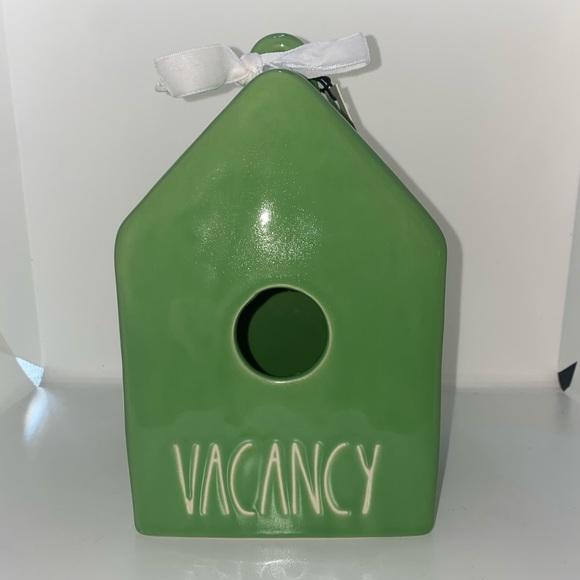 Rae Dunn green bird house feeder vacancy